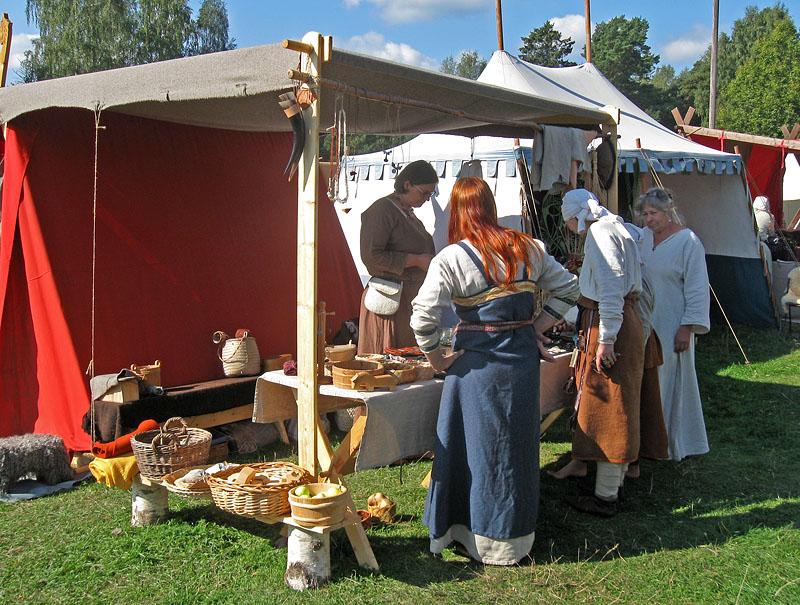 marknads bordhantverk i tält